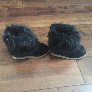 GAP Shoes - Baby GAP Size 8 Faux  Fur Zippered Boots Black